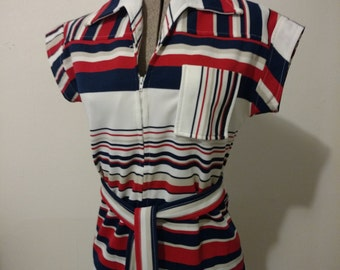 Vintage Shirt 1960s 1970s Retro Striped Polyester Zipper Tunic