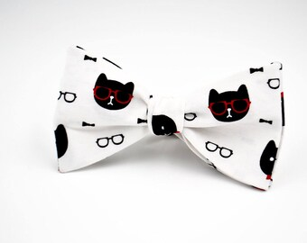 Mens Freestyle Bowtie in Dapper Cats