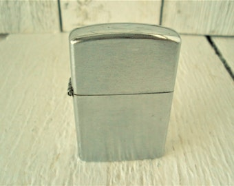Vintage cigarette lighter pocket silver metal Crest Craft