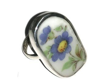 Broken China Jewelry, Flowet Ring, Sterling Silver, Any Size, OOAK, Purple China Ring, Recycled. Upcycled