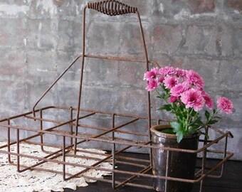 Vintage Wire Bottle Carrier Tote, Divided Jar Basket, Industrial Farmhouse Decor