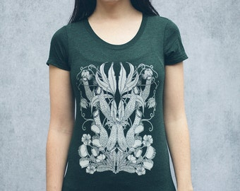 Heathered Evergreen Carnivorous Plants Women's Scoop Neck T-Shirt