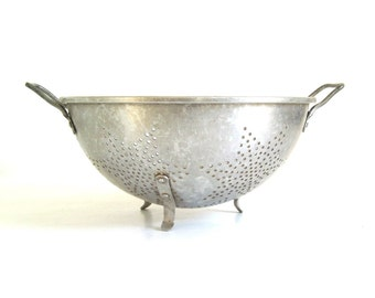 Old Metal Colander Mirro Aluminum Strainer Star Shaped Holes Food Photography Prop