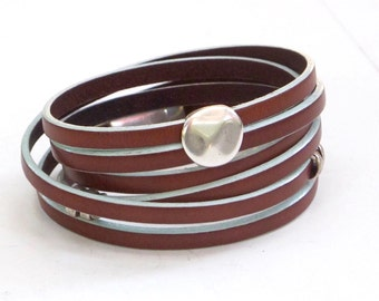 Tan and Turquoise leather, wrap bracelet, Whirly Wrap, silver pebble, silver spiral coil, secure magnet, wrap and click,tan and turquoise
