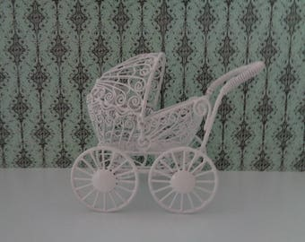 Victorian Style Ornate Vintage White Wire Doll Pram Baby Buggy Doll Carriage Wicker Look Dollhouse Furniture Miniature
