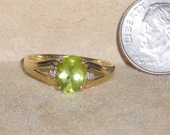 Vintage Signed 10K Gold Peridot Ring With Two Little Diamond Accents 1970's Size 7 1/4 Jewelry 7011