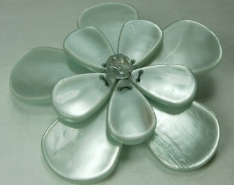 Pono Italy Couture Moonglow Lucite Glass Flower Form Brooch Statement Size