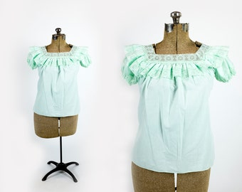 Vintage 1970s Delicate Mint Green Lace Ruffle Square Off Shoulder Peasant Blouse Size M Medium L Large