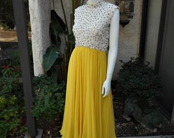 Vintage 1960's Seaton Enterprises Ltd White & Yellow Evening Dress - Size 12