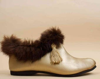 50s 60s Vtg GOLD Tassle Vinyl Leather + Rabbit Fur Ankle Boot / PIXIE Mod Pointed Toe Slipper Bootie Flats 5.5 6 Eu 35 36