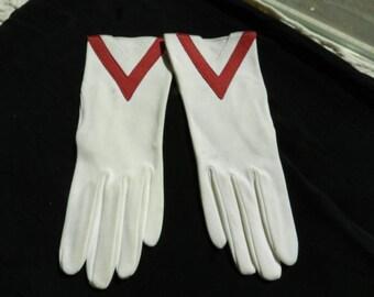 Vintage Ladies White Cotton Gloves Made in England for Gant Madeleline -  Wrist Length Sz 6