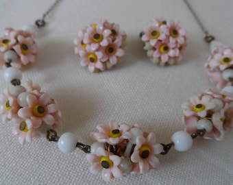 1940's/50's gorgeous flower necklace and earrings set