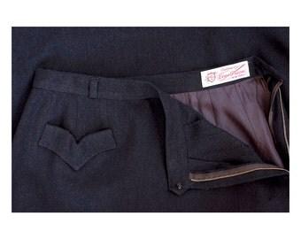 vintage 1950s Evan-Picone black wool skirt / size medium
