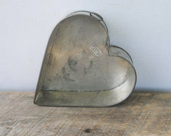 Vintage Fries Heart Shaped Mold