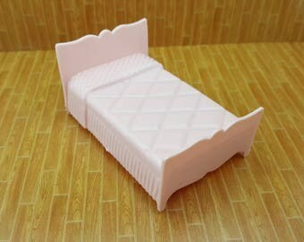 Marx Pink Bedroom Traditional  Bed Dollhouse Toy Furniture Soft Plastic