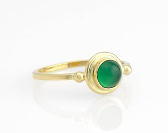Green Agate Round Cabochon Ring in 14K Gold Green Agate Stacking Ring Fine Handmade Jewelry 2 Dot Solitaire Ring