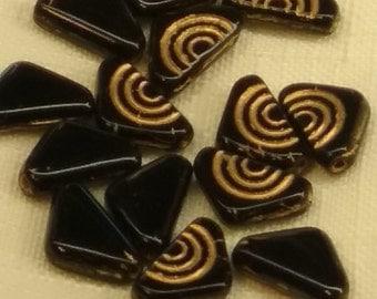 ART deco jet BLACK gold TRIANGLE Czech glass Beads (20)