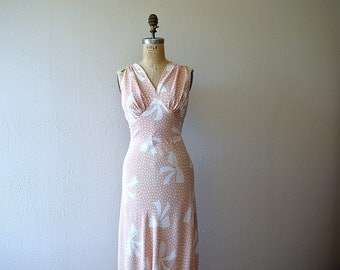 1930s novelty print nightgown . vintage 30s bias cut gown