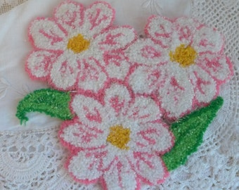 Applique Floral Oversize Large Needle Punch Applique Vintage Flowers Pink and White