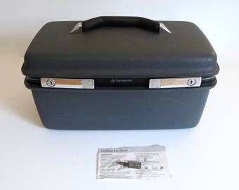 Samsonite Train Case with Key - Weekender Travel Tote Case - Dark Grey