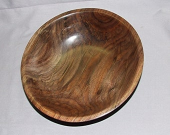 "Figured Walnut wood bowl, 9 1/4"" diameter by 2 3/4"" high, Item 103413"