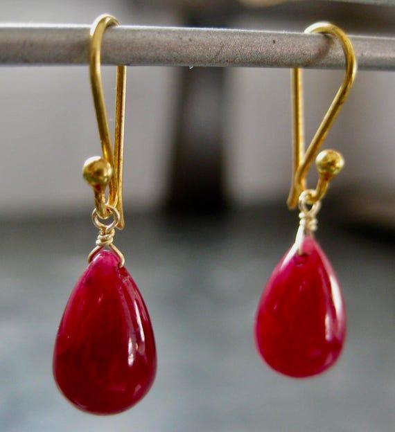 PRYAL  Ruby Teardrop Earrings with 18k Gold
