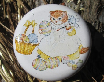 Kitty Cucumber YOYO - vintage1980s toy - Easter basket - eggs - 1985 - kitty cat lovers - bunny rabbit