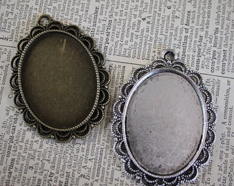 6 Lace Oval Pendant Blank base Large Tray Vintage Style Lace Edge - 30 mm x 40 mm Oval Cameo Setting  - great for Bouquet Charm