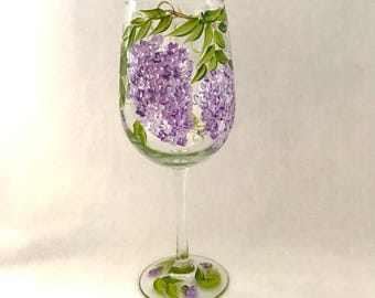Lilac wine glass for personalized gift giving with name or title mom meme grandma aunt bridesmaids etc