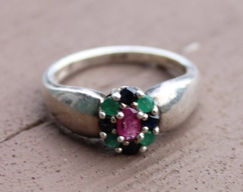 Vintage Unqiue Sterling Silver Emerald, Ruby, Sapphire Ring Size 10 1/2