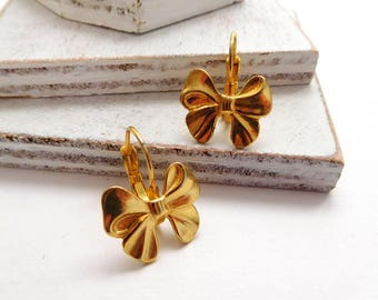 Retro Vintage Yellow Gold Tone Victorian Shabby Style Bow Dangle Earrings T18