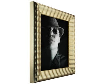 "Craig Frames, 4x6 Inch Vintage Silver Picture Frame, Cascades, 1.625"" Wide  (87320406)"