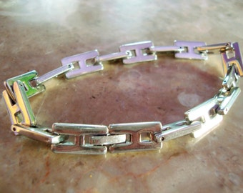 "SOLID STAINLESS STEEL Signed Hallmarked High Polished Dimensional Heavy Bold H Initial Chain Link Bracelet 8"" Wrist Fit"