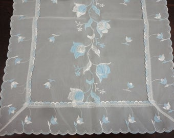 """Vintage White Nylon Runner with Embroidered White & Blue Tulips - 42"""" x 15"""" - 1950's"""