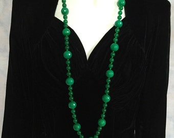 Jade Necklace Art Deco/Flapper Style