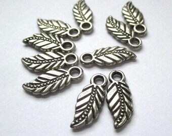 Leaf Charms Silver Charms Antique Silver Metal Leaves 16mm Small Pendants Etched Leaves Earring Dangles Bracelet Components 10 Pieces  SP766