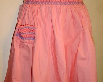 Hand-made Peach Pink Apron SMOCKED Waist Pocket Super-Cute Smocking VTG CUPCAKE