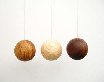 Wooden Ball Light Pull