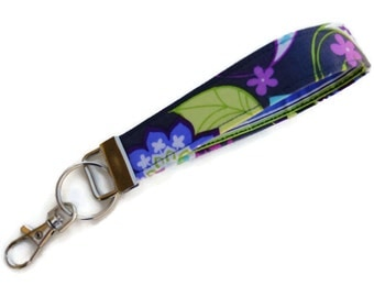Key Fob in a Paisley Pattern, Key Chain, Wristlet Key Chain, Keychain, Fabric Key Chain with Large Lobster Clasp. READY to SHIP