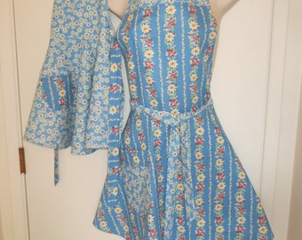 Blue Floral  Mother/Daughter Apron Set