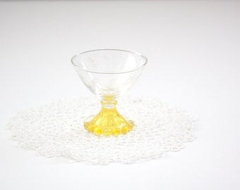 1 Footed Etched Footed Sherbet Cup, Berwick Boopie Glasses with Canary Yellow Base, Candlewick
