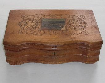 Vintage Decorative Wood Storage Display Box