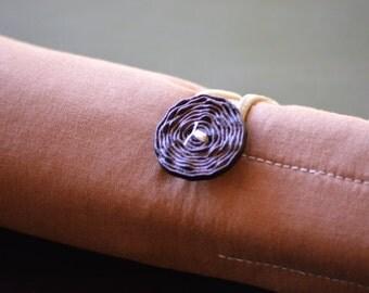 Brown Pen Roll