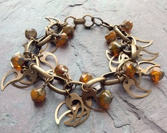 """Orange Czech Glass and Brass Bracelet / One-of-a-Kind / Charms / Antique Brass Chain / Chunky - 8"""" long - B2"""