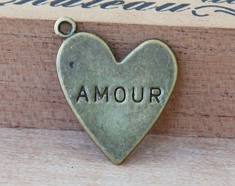 Amour Heart Charms, Antique Brass, 20mm - 6 Pcs- eTC025-AB