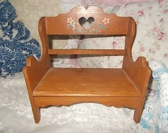Doll Bench, Hand Painted Doll Bench, Doll Furniture, Vintage Dolls, Vintage Toys, Toys, :)s