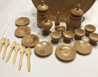 23 piece Vintage wood doll dishes decor (A1)