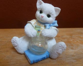 Enesco 1996 Priscilla Millman Cat Callico Kittens Yuo're A Lucky Catch figurine