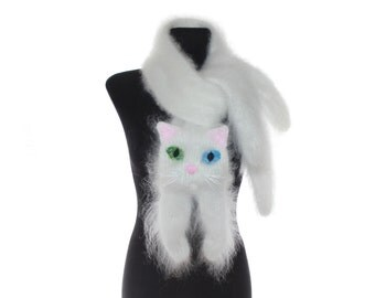 Knitted Scarf / White Persian cat / Fuzzy Soft Scarf / cat scarf / knit cat scarf / Animal scarf / pets / Kids Scarf  / child scarf