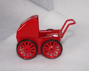 Vintage Doll House Baby Carriage.  Mini Doll House Carriage.  Miniature Nursery Carriage. Doll House Furniture